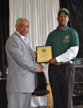 Grooms Certification 2015 Mr P Hendricks